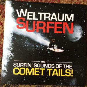 Weltraum Surfen - The Surfin' Sounds Of The Comet Trails!. Лицевая сторона . Click to zoom.